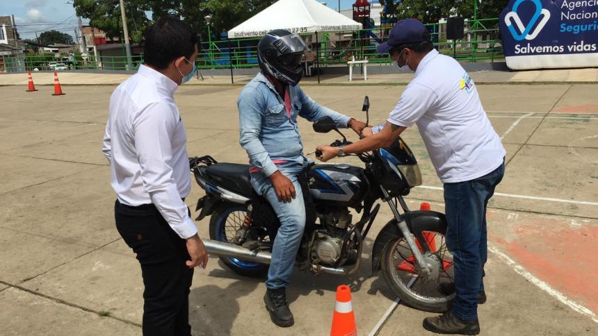 Realizan campañas para prevenir accidentalidad en vías de Montería