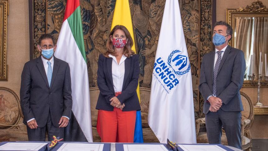 Colombia recibe 2 millones de dólares de Emiratos Árabes para atención a migrantes