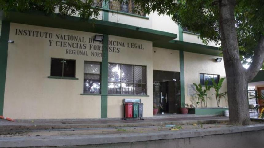 Joven fue asesinado en el interior de una casa en el barrio Rebolo