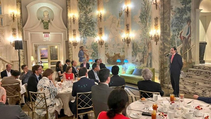 Con misión en EE. UU., Colombia busca aumentar la confianza inversionista