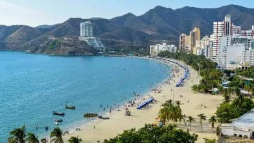 En diez meses, un millón 400 mil bañistas han visitado playas de Santa Marta