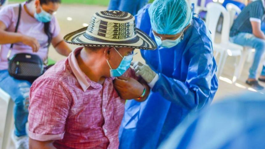La etnia Zenú inició la vacunación integral