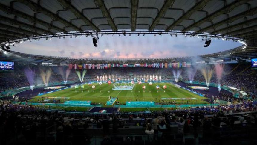 italia busca albergar la Eurocopa del 2028 o el Mundial del 2030