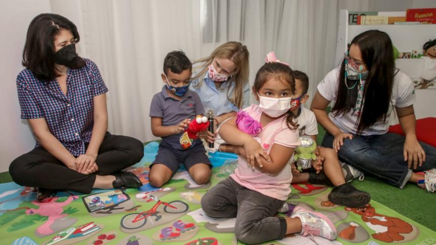 Distrito y Sesame Workshop realizan alianza para apoyar a Primera Infancia