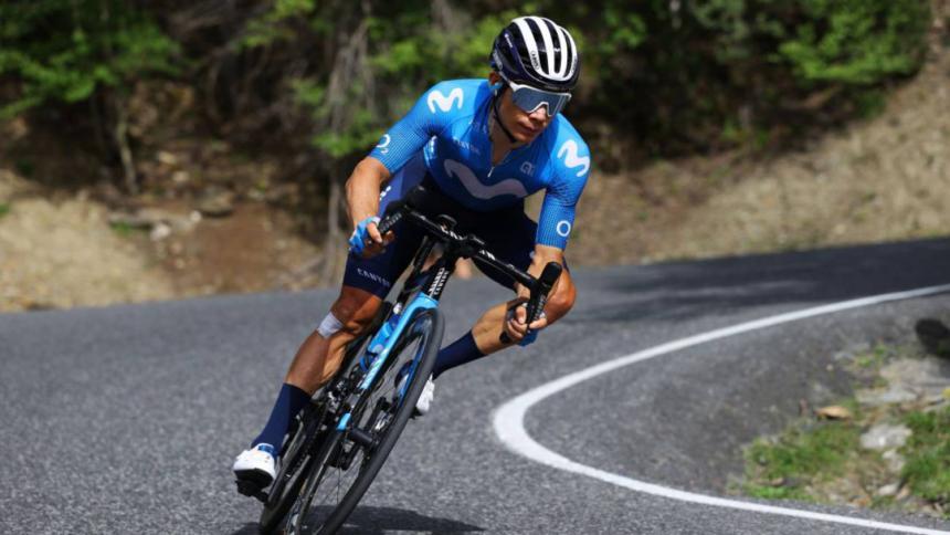 'Supermán' López piensa en la Vuelta tras su retirada en el Tour