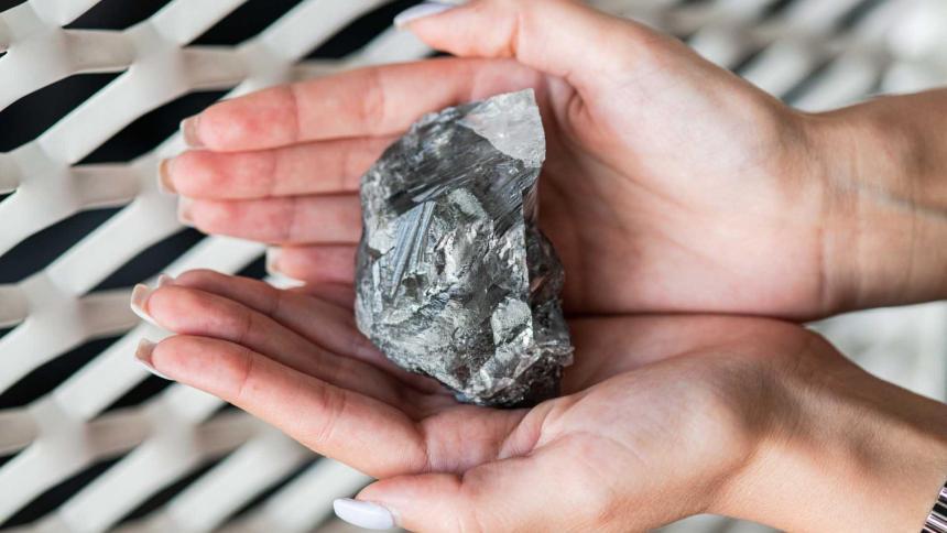 El tercer diamante de mayor tamaño, en estudio en Amberes antes de su gira