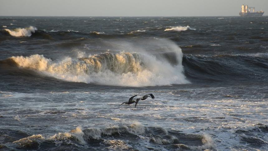 Alerta por brisa y fuerte oleaje en la región Caribe en las próximas 24 horas