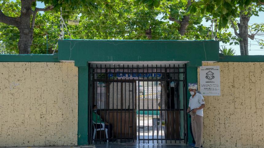 Piden mejoras en los colegios Juan José Rondón y la Humboldt