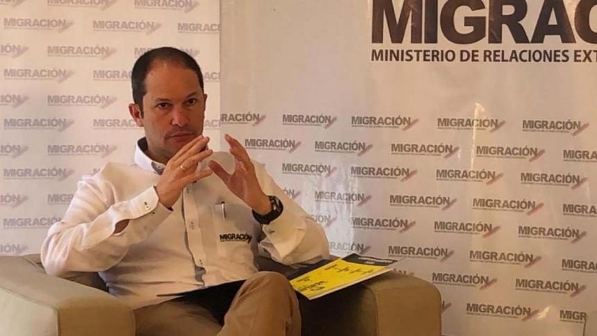 """""""No es cierto que hayan 10.000 migrantes represados en Necoclí"""": Migración"""