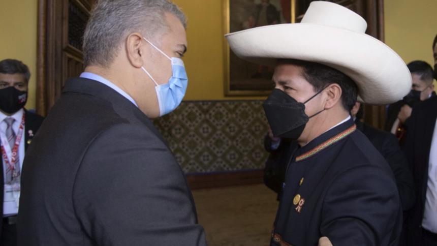 Presidente de Colombia expresa deseo de fortalecer comercio con Perú