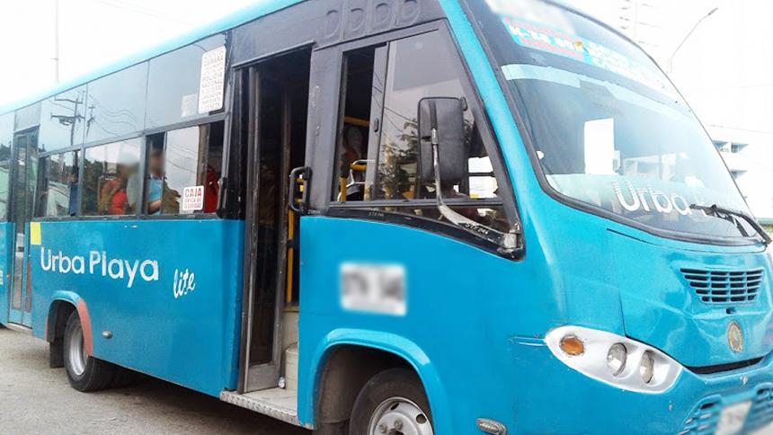 Barranquilleros recuerdan sus experiencias con la ruta de buses Urbaplaya