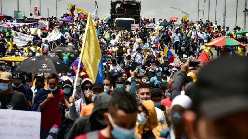 Manifestaciones causaron 15.000 muertes por covid: viceministro de Salud