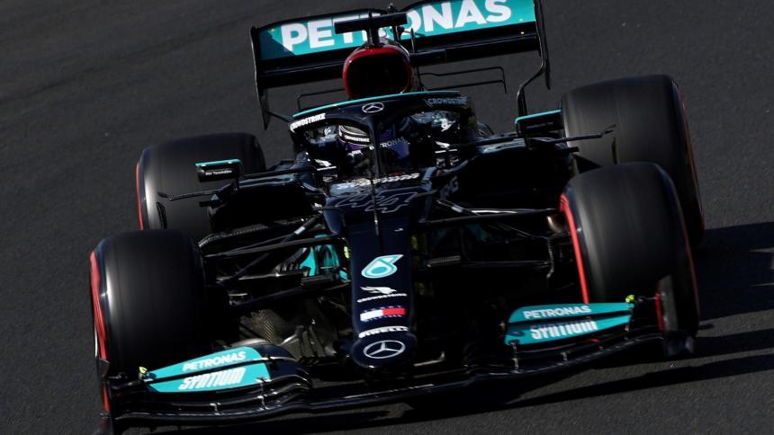 Hamilton saldrá primero en el Hungaroring; Alonso arranca noveno