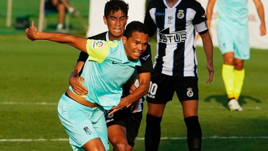 Bacca convirtió su primer gol con el Granada de España