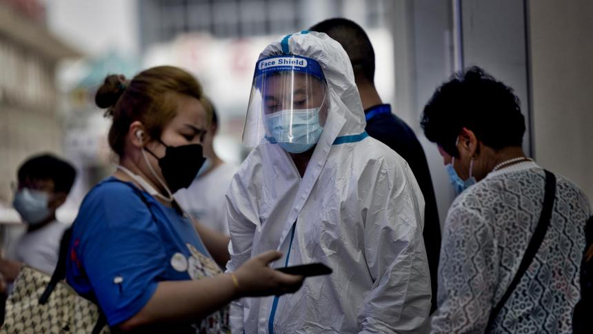 China trata de controlar los peores rebrotes desde el inicio de la pandemia