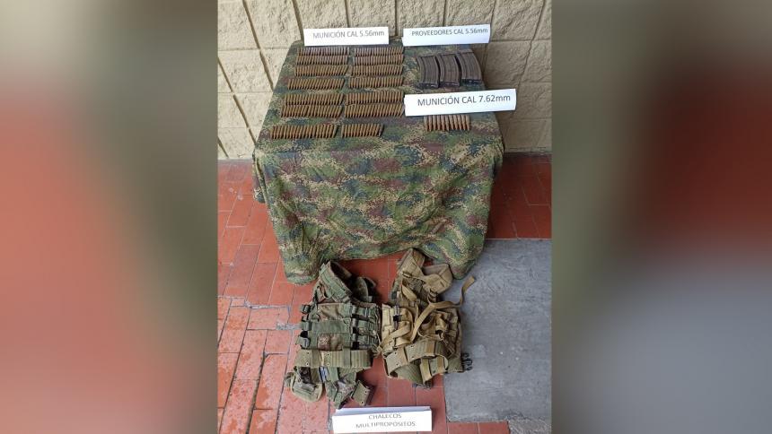 Incautan munición, chalecos y proveedores de 'los Pachenca' en Santa Marta