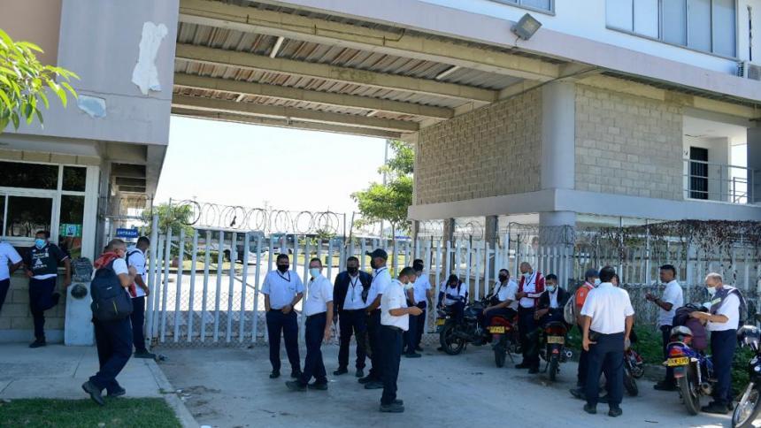 Conductores de Metrocaribe suspenden operación en Transmetro