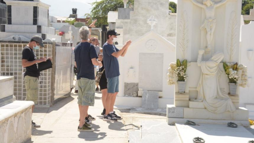 Directores de serie de Disney visitaron locaciones en Ciénaga, Magdalena