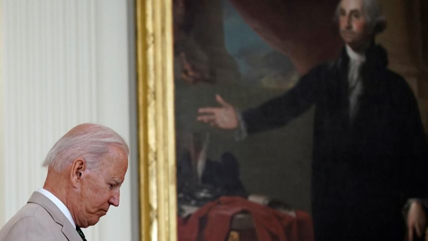 """""""El mundo no puede esperar"""": Biden"""