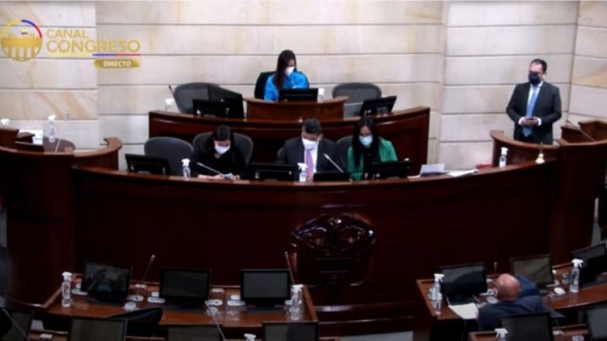 Plenaria de Senado acepta renuncia de Richard Aguilar