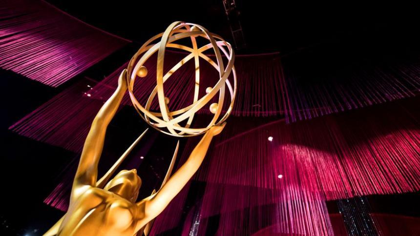 Los Emmy se celebrarán con aforo y al aire libre