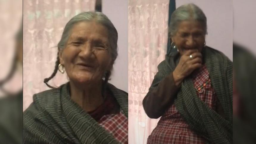 La tierna reacción de una abuela al pedirle a Alexa que rece el Santo Rosario
