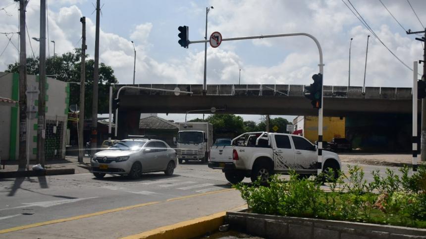 Hieren a bala a joven extranjero en el barrio El Carmen