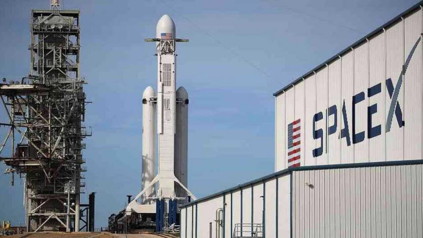 Nasa anuncia fecha de lanzamiento de cápsula de carga de SpaceX a la EEI