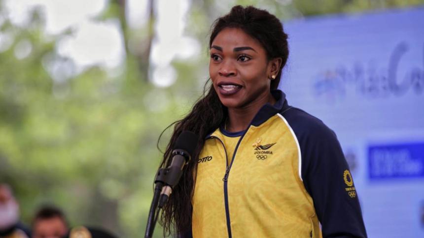 Caterine Ibargüen pide más apoyo a los deportistas jóvenes del país