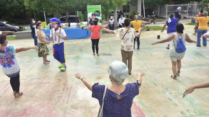 Centros de Vida celebrarán a adultos mayores hasta fin de mes