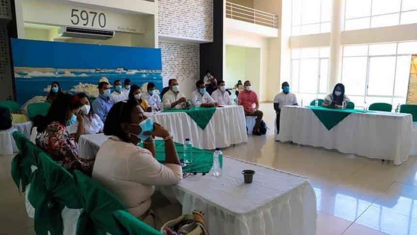 Profesionales guajiros proponen un plan estratégico para bajar desempleo