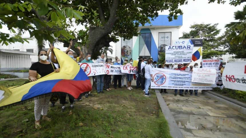 En Barranquilla, usuarios protestan contra alza en las tarifas de energía