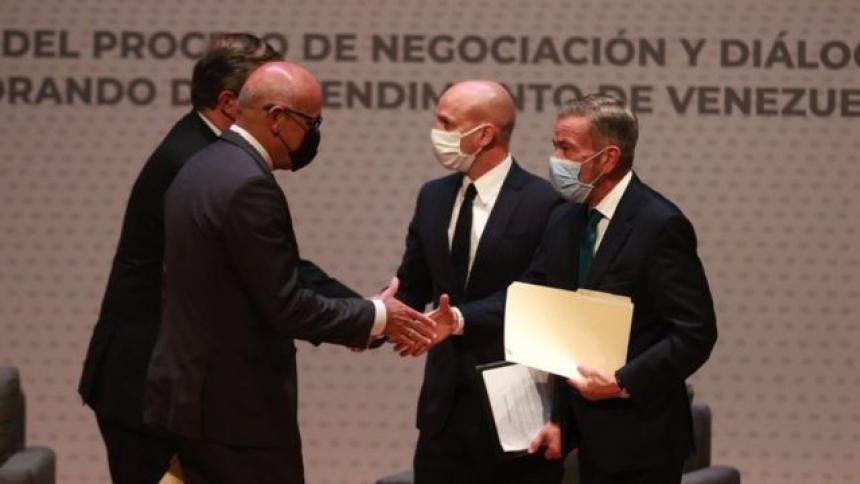 Gobierno de Venezuela anuncia primeros dos acuerdos con la oposición en México