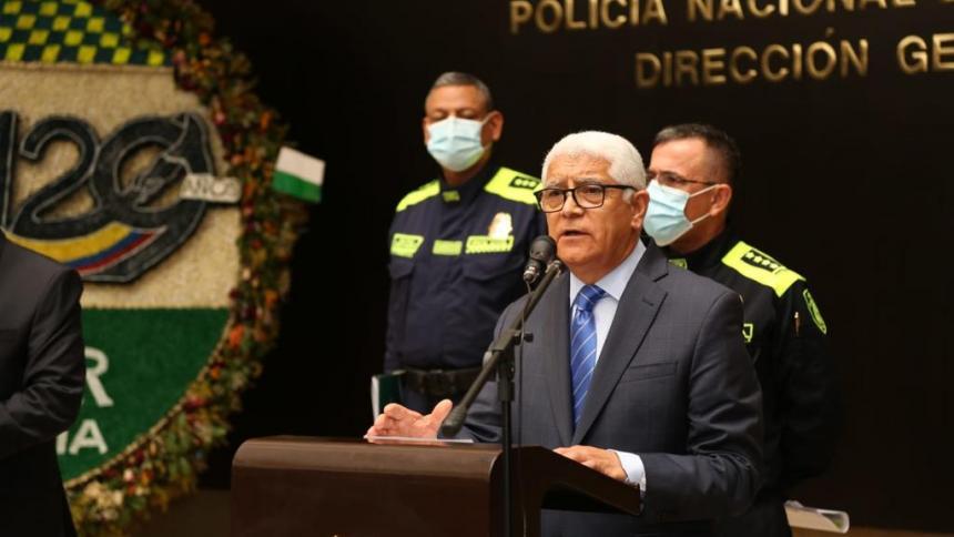Policía presenta al director de Derechos Humanos de la institución