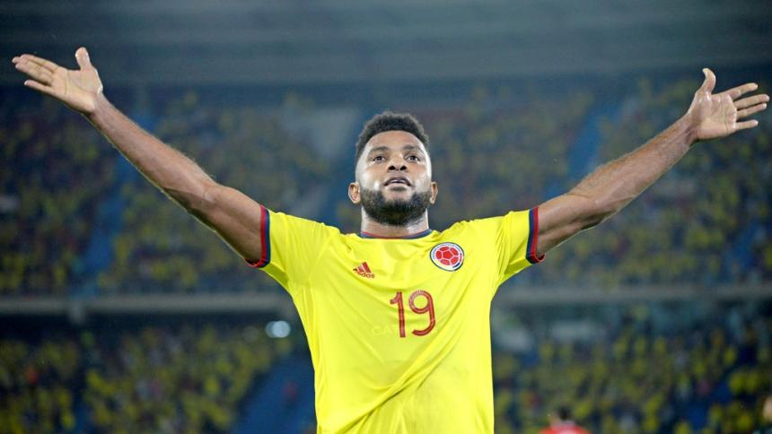 Miguel Ángel Borja se luce ante Chile con dos goles