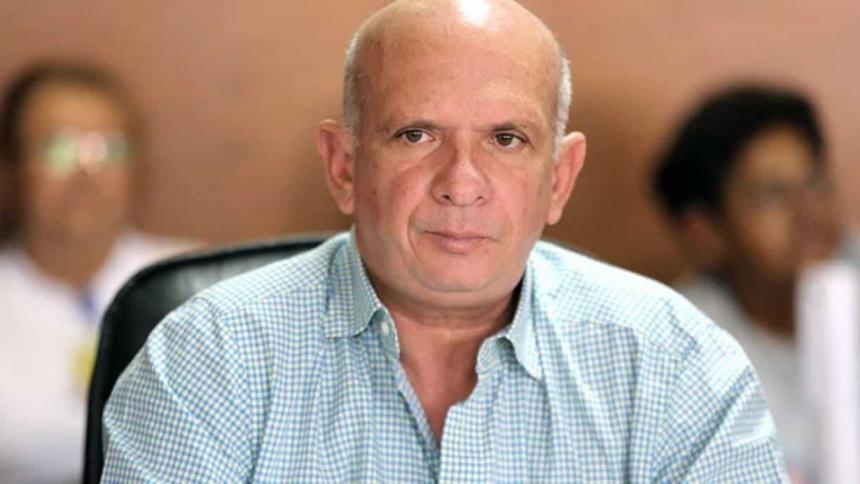 Con cirugías y disfraces, el 'Pollo Carvajal' pretendía evadir a las autoridades