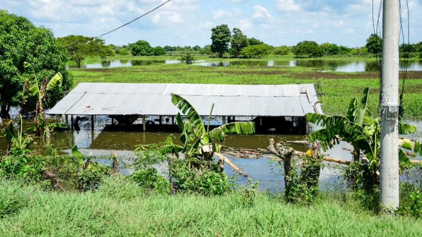Campesinos del Atlántico, en alerta por el alto nivel del río Magdalena