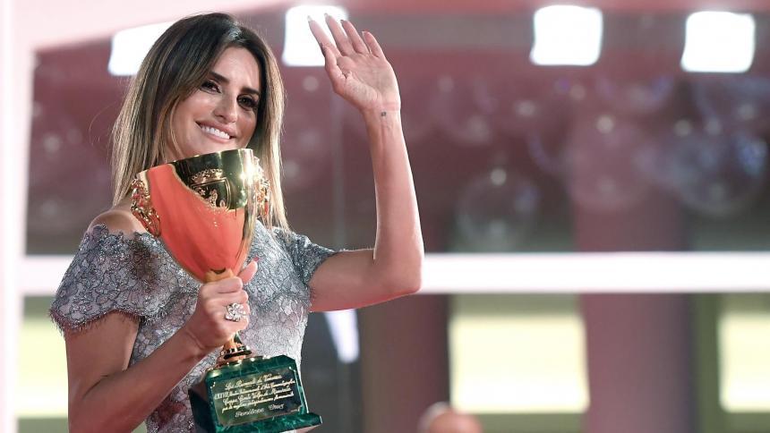 Penélope Cruz hace historia en el Festival de Cine de Venecia