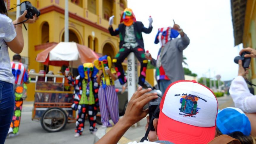 Maratón fotográfica con sabor carnavalero en Barrio Abajo
