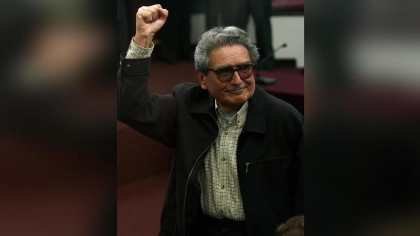 Trasladan restos de Abimael Guzmán a la morgue para la necropsia