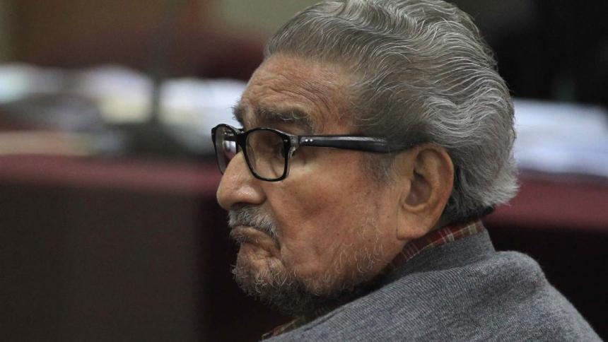 Muerte de Abimael Guzmán fue por neumonía, revela necropsia