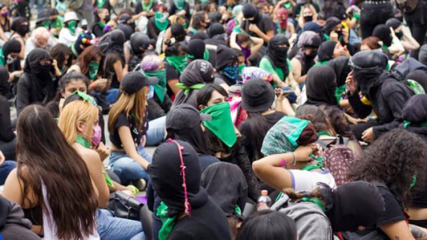 """Iglesia de México critica inédito fallo del aborto en la Corte por """"machista"""""""