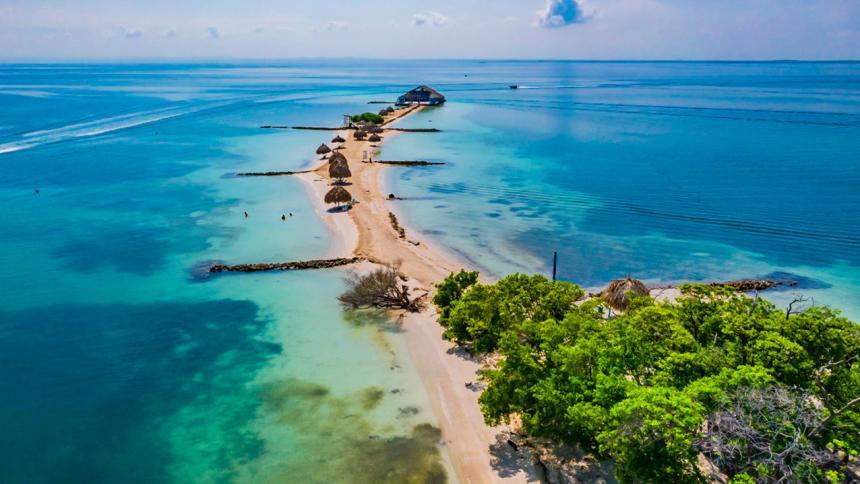 Procuraduría presenta hoja de ruta para protección del archipiélago de San Bernardo