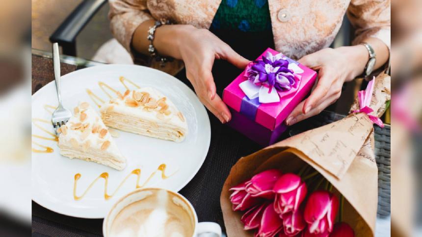 Planes para celebrar amor y amistad