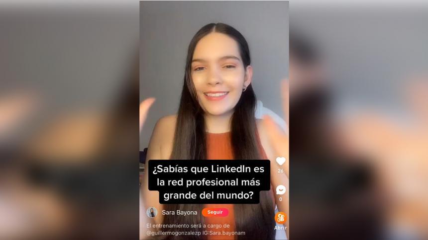 La joven que con sus videos ha ayudado a miles de colombianos a encontrar empleo