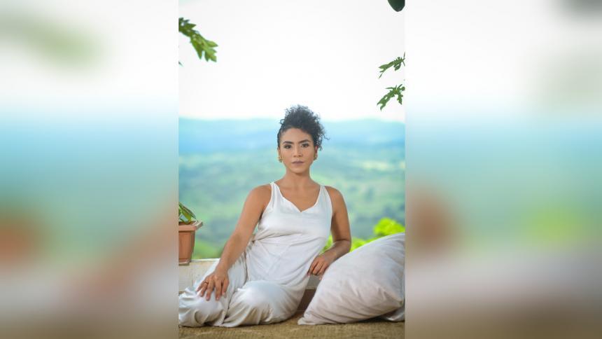 Servir a los demás desde el yoga, la herramienta de Flor Martínez