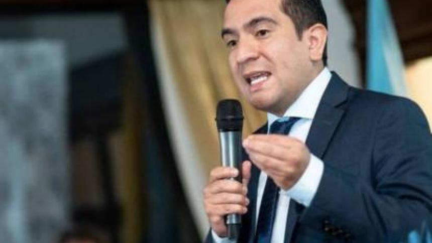 Vetan aspiración presidencial de Edward Rodríguez en el uribismo