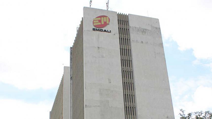 Piden renuncia de gerente de Emcali por caso similar al del Mintic