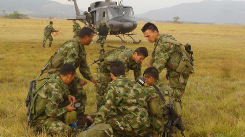 Ascienden a tres los soldados muertos tras activación de campo minado en Valle del Cauca