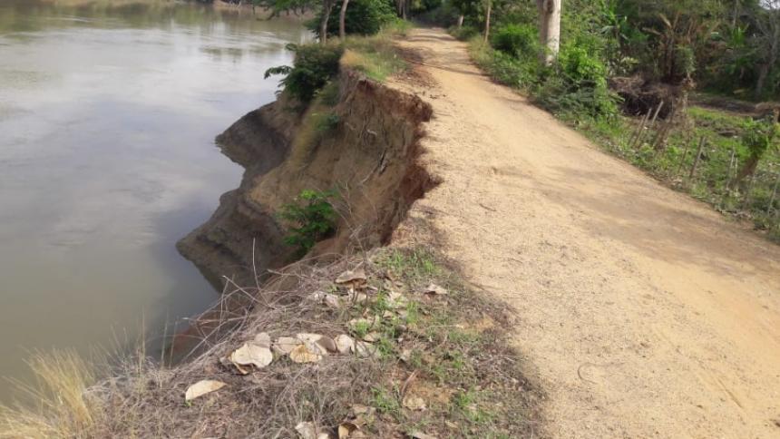 Advierten sobre grietas y deterioro del talud en la cuenca del río Sinú